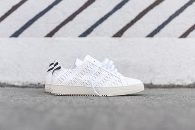 Off_White_Basic_Trainer_-_White_Perf_OMIA005S16124046_0101_1.jpg