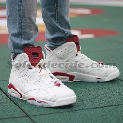 air-jordan-6-maroon-on-foot-2.jpg